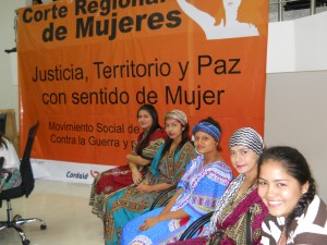 Horizonte, a youth theatre group from Barrancabermeja, participated in the court