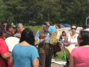 M'ikMaq Elder Billy Lewis and members of the Halifax KAIROS cluster participate in a solidarity event on fracking. New Brunswick, June 2013.